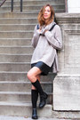 Black-senso-boots-silver-shopthe26thlook-sweater-black-thefreeisland-bag