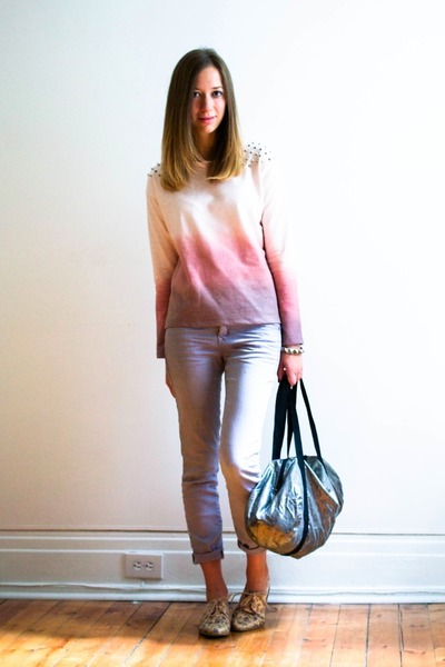 light pink ombre Zara sweater - periwinkle Gap pants