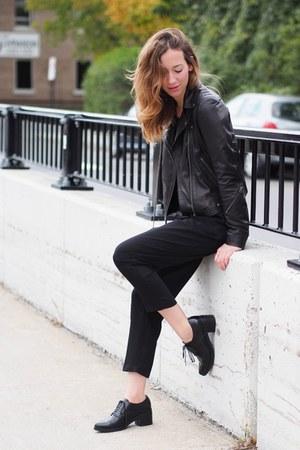 black Jeffrey Campbell shoes - black Aritzia coat - black Thefreeisland jumper