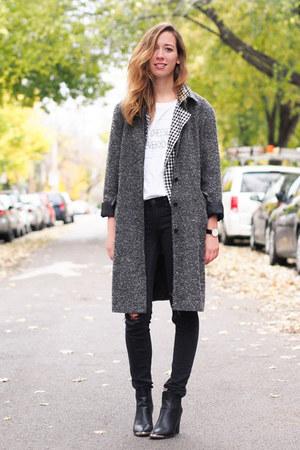 white DentelleFleurs x Eluxe t-shirt - heather gray vintage coat