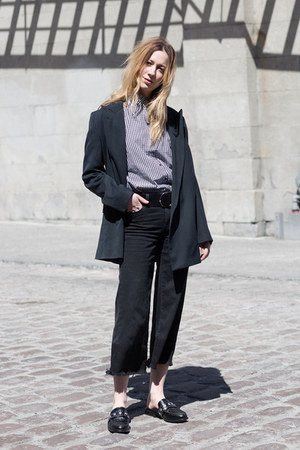 bell bottom Paige jeans - oversized Dries Van Noten blazer - H&M shirt