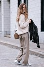 Black-leather-aritzia-jacket-eggshell-knit-aritzia-top-tan-aritzia-pants