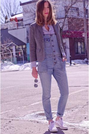 white Converse sneakers - silver zeroUV sunglasses - sky blue Forever 21 jumper