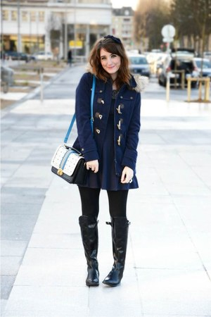 La halle coat - Clarks boots - H&M dress