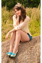 new look shorts - Dela Vente blouse