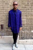 vintage boots - vintage blouse