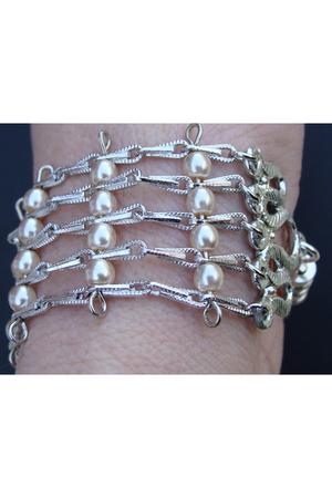 white handmade bracelet