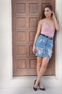Light-pink-desv-bodysuit-blue-h-m-skirt-black-ny-company-belt