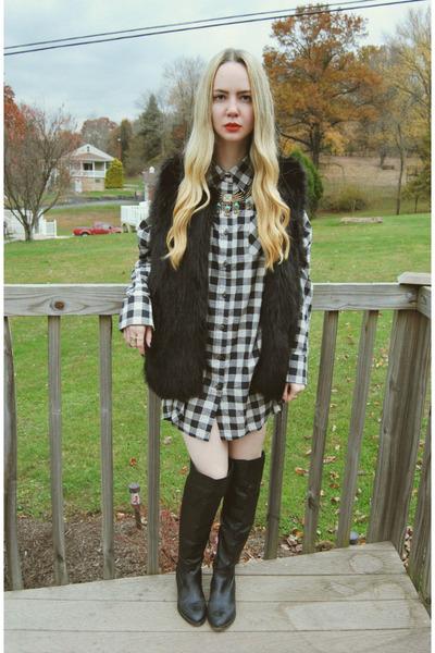 black shoemint boots - white windsor dress - black Sheinside vest