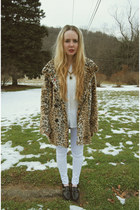 the perfect leopard coat.
