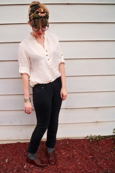 white Forever 21 blouse - brown Steve Madden shoes - black Old Navy jeans