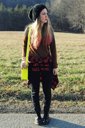 yellow gifted The Leather Satchel Co bag - black doc martens boots