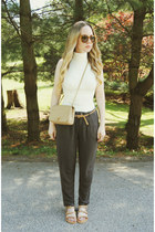 camel Chanel bag - ivory lulus shirt - camel lulus sandals