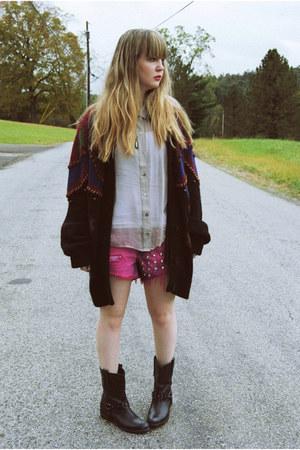black gifted GiGi Vintage sweater - black sam edelman boots