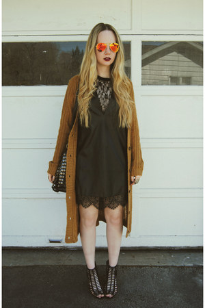 black 6ks dress - burnt orange Koshka sweater - red zeroUV sunglasses