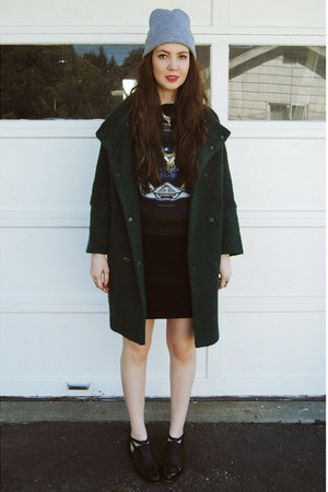 black thrifted skirt - forest green gifted She Inside coat