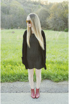black walktrendy dress - ruby red Jeffrey Campbell boots