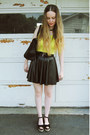 Yellow-gifted-style-godis-shirt-black-gifted-oasap-bag