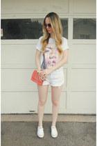 white Dimepiece LA shirt - white MinkPink shorts - white Converse sneakers