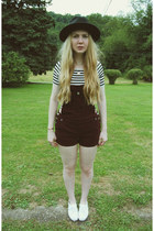 black gypsy warrior hat - white Keds shoes - black gifted Lookbook Store shirt