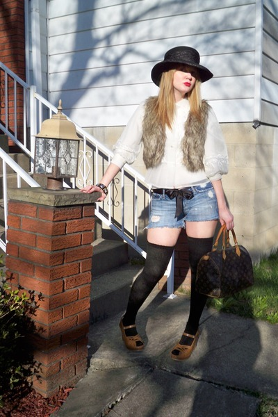 white vintage blouse - brown Forever 21 vest - blue abercrombie & fitch shorts -