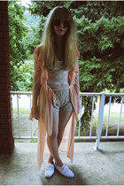 neutral knit Forever 21 shorts - white Keds shoes - peach UNIF jacket