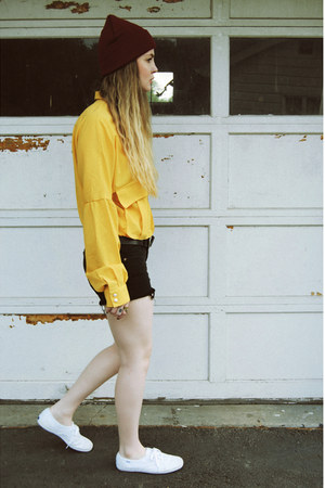 mustard gifted OASAP shirt - black Old Navy shorts - white Keds sneakers