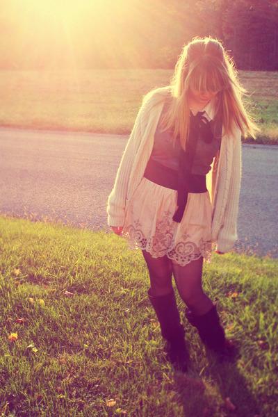 gray Forever 21 shirt - blue hollister blouse - beige Forever 21 skirt - white v