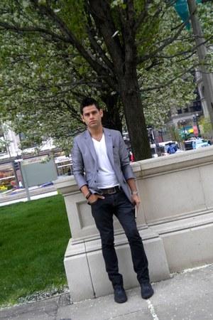 black Zara boots - black UCBenneton jeans - heather gray H&M blazer - white H&M