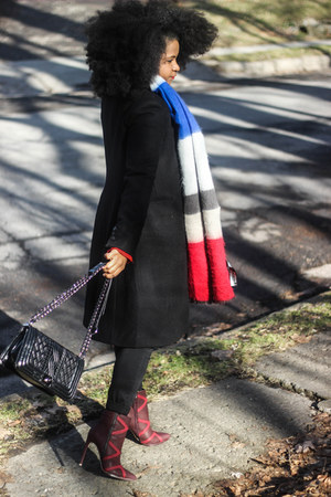 Zara scarf - Zara coat - Shoedazzle bag