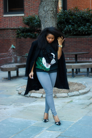 H&M sweatshirt - Shoedazzle heels