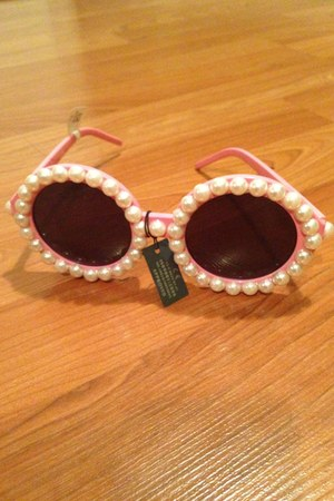 bubble gum Accessorize sunglasses