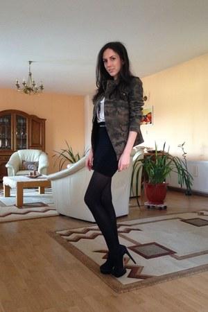 gray Zara blazer - black Zara boots - white Zara t-shirt