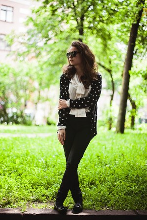 white polka dot H&M cardigan - black Dr Denim jeans
