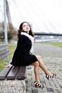 Black-silk-h-m-dress-black-wool-no-brand-coat-white-no-brand-scarf