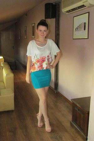 blue Bershka skirt - floral print Zara t-shirt