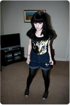 H&M t-shirt - Topshop shorts - Converse