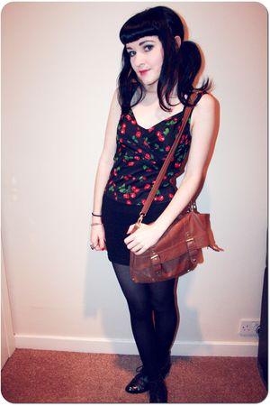 black cherry print Pin Up Girl Clothing top - black Office shoes