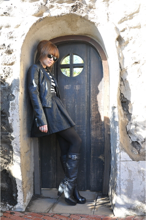 Miss Sixty boots - Zara jacket - H&M skirt - JCrew top - Ray Ban accessories