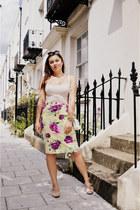 light yellow vintage skirt - white Aldo bag - peach Golden Ponies pumps