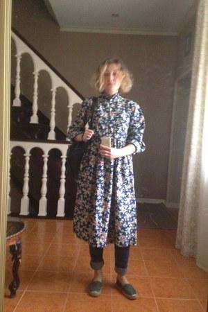 blue vintage dress