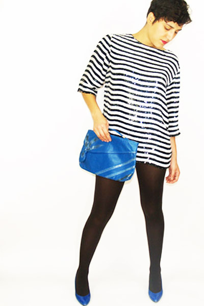 blue Dirty Vintage shoes - brown Forever 21 tights - blue Dirty Vintage purse -