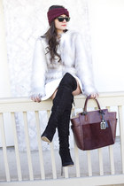off white faux fur asos coat - black sam edelman boots