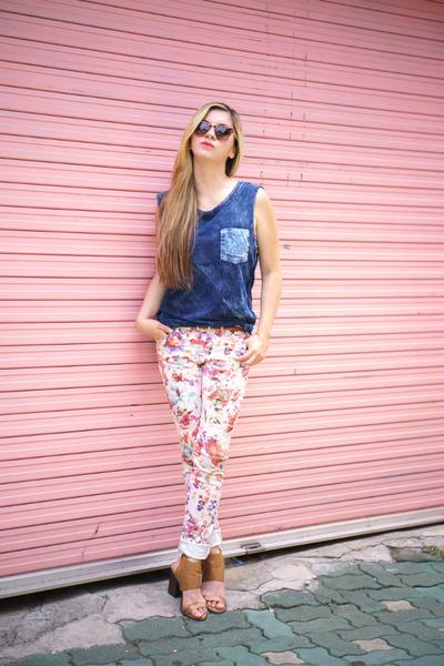 Navy-zara-shirt-light-pink-zara-pants