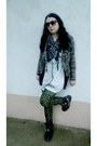 Black-faux-leather-kitten-boots-olive-green-military-jacket-fishbone-jacket