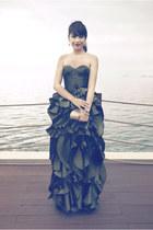 olive green Julianne Syjuco dress - gold Maraolo bag - gold YSL heels