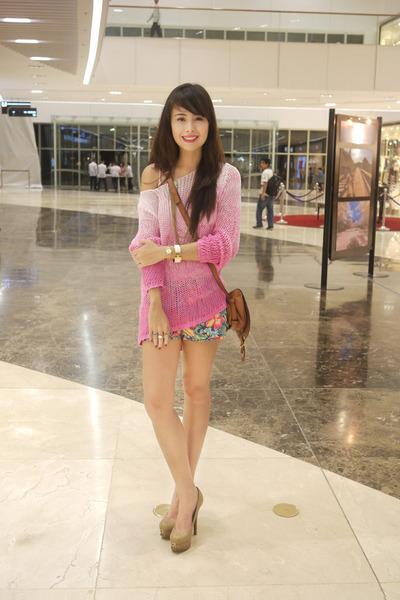 bubble gum Stradivarius jumper - dark khaki Fendi shoes - light brown Chloe bag