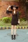 Black-altuzarra-for-target-shoes-black-zara-dress-black-chanel-bag
