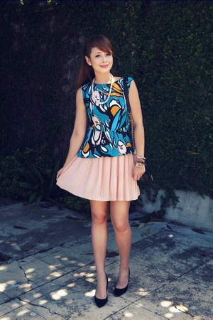 black Chanel bag - coral Forever 21 skirt - black Mango heels