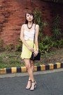 Black-celine-bag-light-yellow-vetus-shop-skirt-white-pull-bear-top